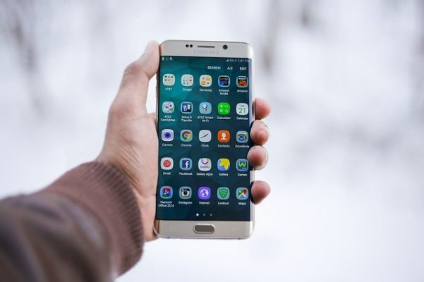 lire une clé usb sur un smartphone
