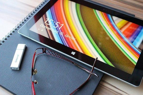 lire une clé usb sur une tablette